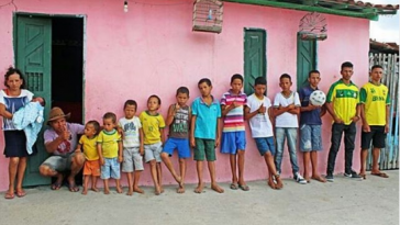 Brazilian Couple with 13 Children