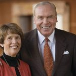 Here Are Top 10 American Billionaire Philanthropists