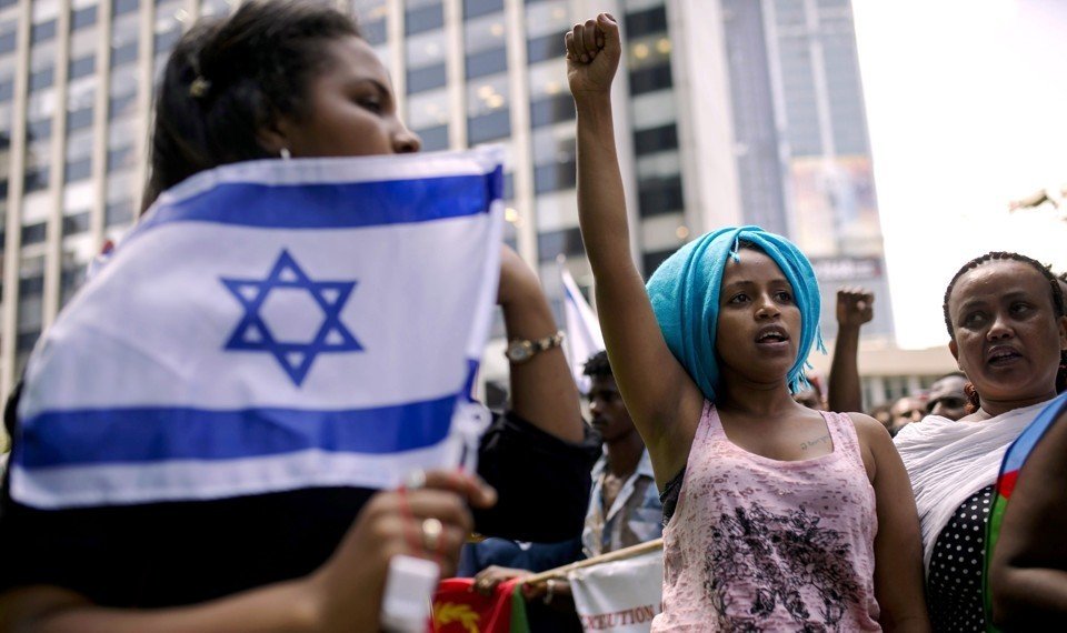 a history of the mistreatment of jewish and african americans While jewish and african american communities have a tumultuous shared history when it comes to the pursuit of civil rights, there is a chapter that is often overlooked.