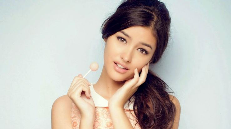 Liza-Soberano-Top-Most-Popular-Beautiful-Women-In-The -3675