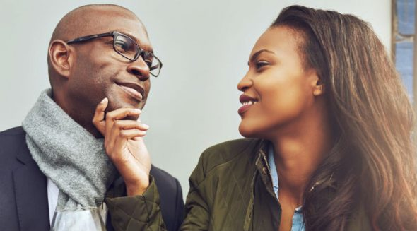 how to tell a man is not interested in you
